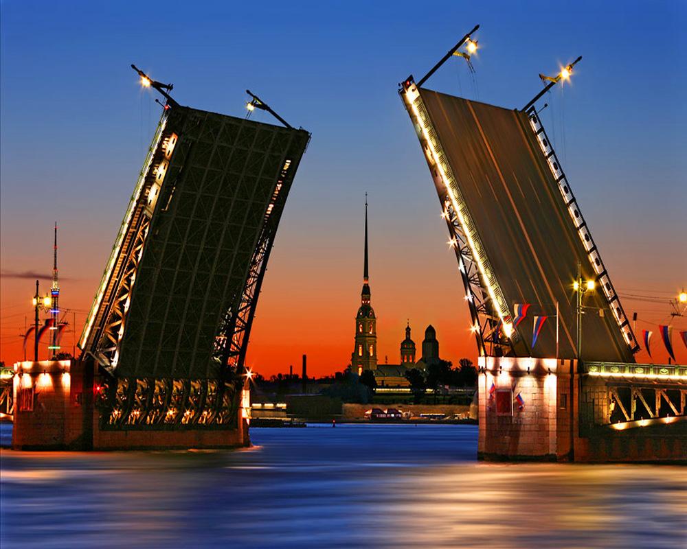 Поездка с друзьями в Санкт-Петербург